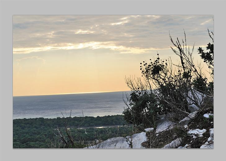 straighten horizon in photoshop-