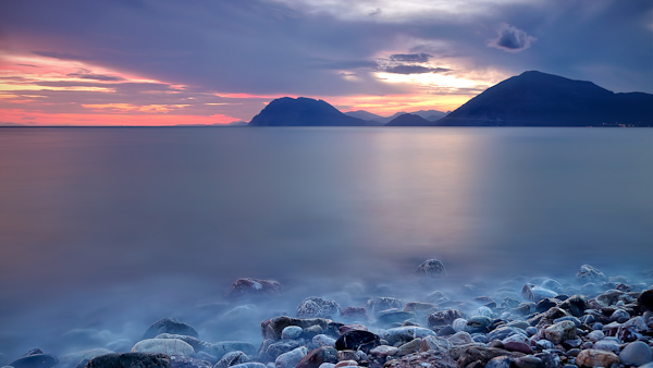 20 stunning long exposure seascapes (11)