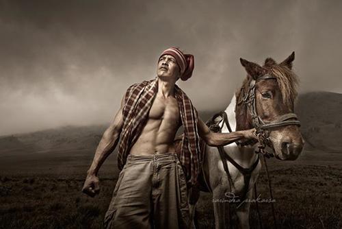 33 Rarindra Prakarsa Stunning Photos (14)