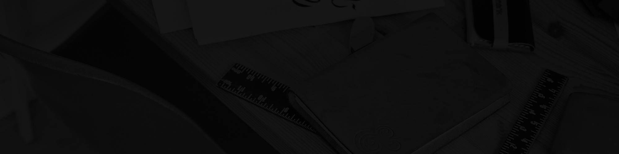 Freebie: Vector Badges & Logo Templates